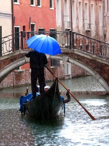 Pioggia a Venezia, Italia